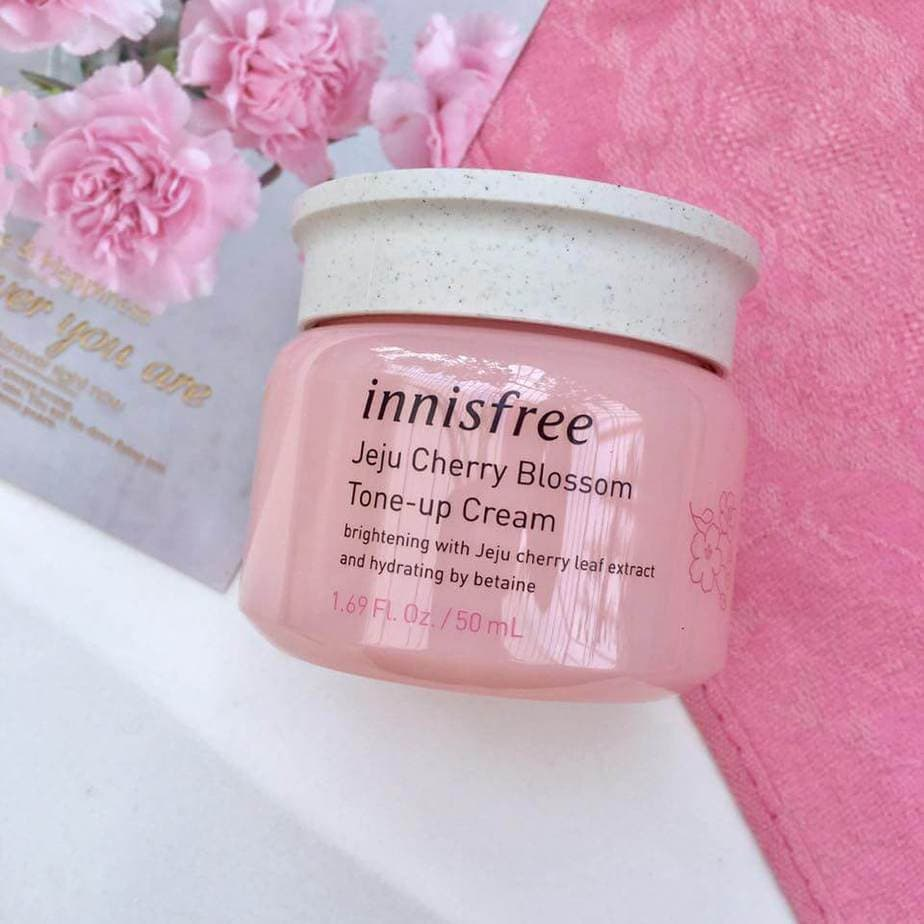Innisfree-Cherry-Blossom-Jelly-Cream