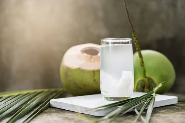 Bà bầu uống nước dừa từ tháng thứ mấy? Cần lưu ý những gì? 3