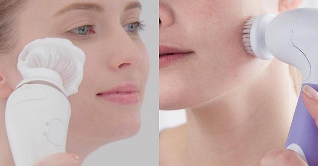 Kiểm tra công suất và khả năng làm sạch da của máy rửa mặt
