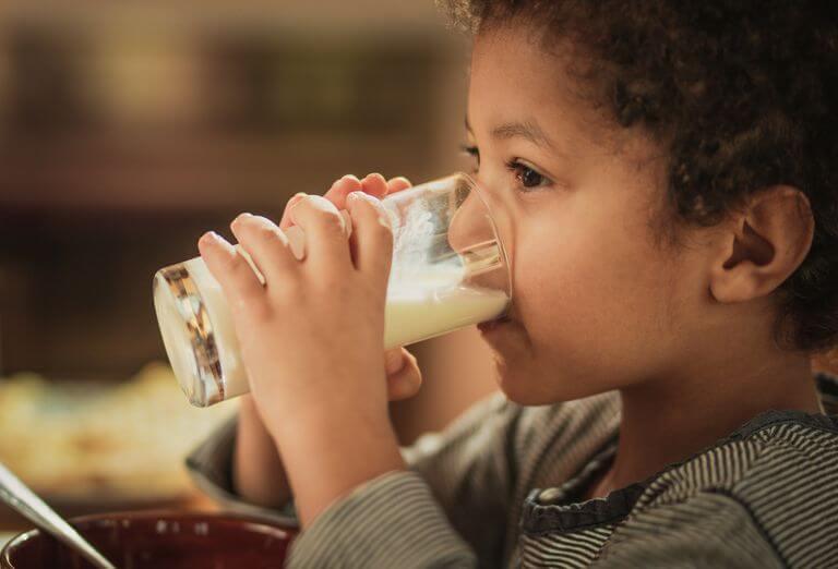 TOP 7 sữa tăng chiều cao cho bé được nhiều bậc cha mẹ quan tâm 1