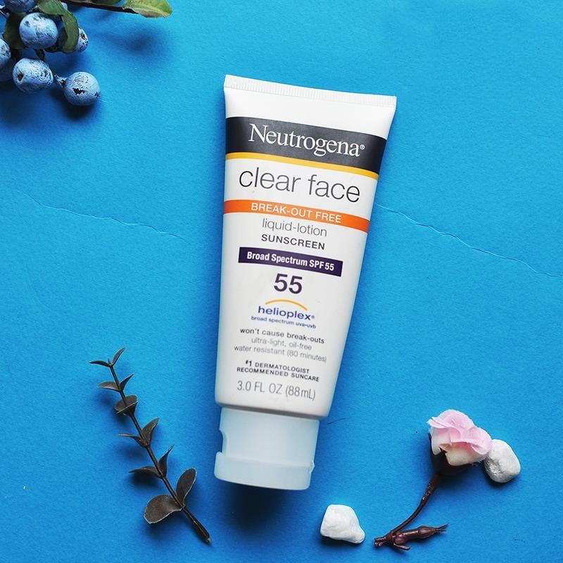 Kem chống nắng Neutrogena Clear Face Breakout Free Liquid Lotion Sunscreen
