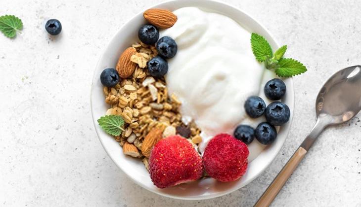 Sữa chua giúp giảm triệu chứng táo bón hiệu quả - 1