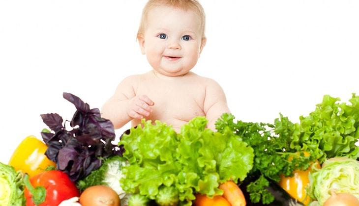 Kích thích các bé ăn rau sẽ giúp bé phát triển đồng đều - 1