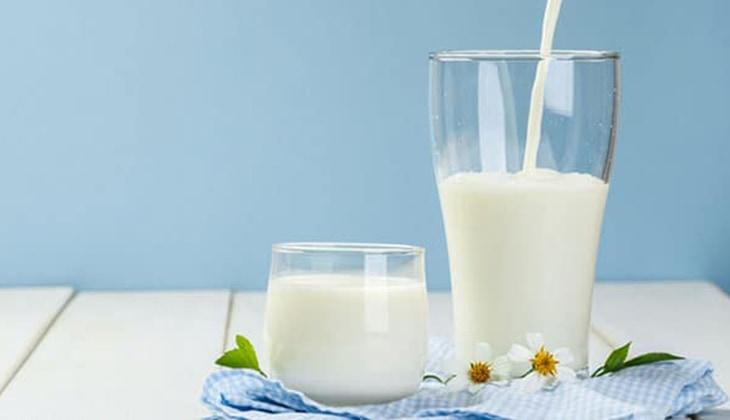 Mỗi ngày 2 lít sữa giúp cơ thể người mẹ sản sinh ra nhiều sữa cho con bú hơn -1