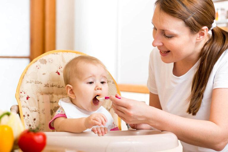 """Cách làm váng sữa từ sữa mẹ """"QÚA ĐƠN GIẢN"""", tốt cho sức đề kháng của bé 1"""